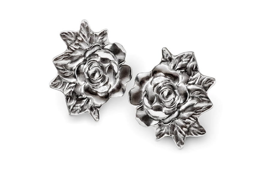 Galmer Silver Rose Earrings, photography by [ZeO].