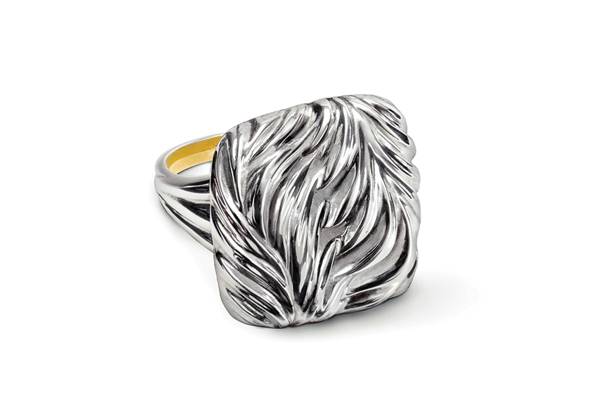 Galmer Silver Palm Ring, photography by [ZeO].
